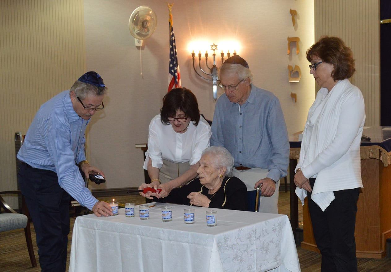 Berta Roth family during solemn ceremony of Day of Holocaust Rememebrance